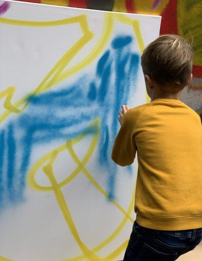 Stichting-Zo-Mooi-Mogelijk-Dummies-Kunstworkshop- 01